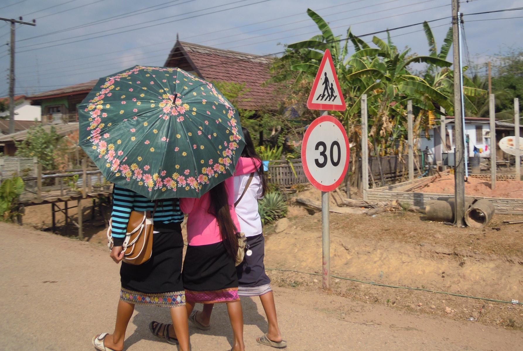 laos-loop-konglor-(11)
