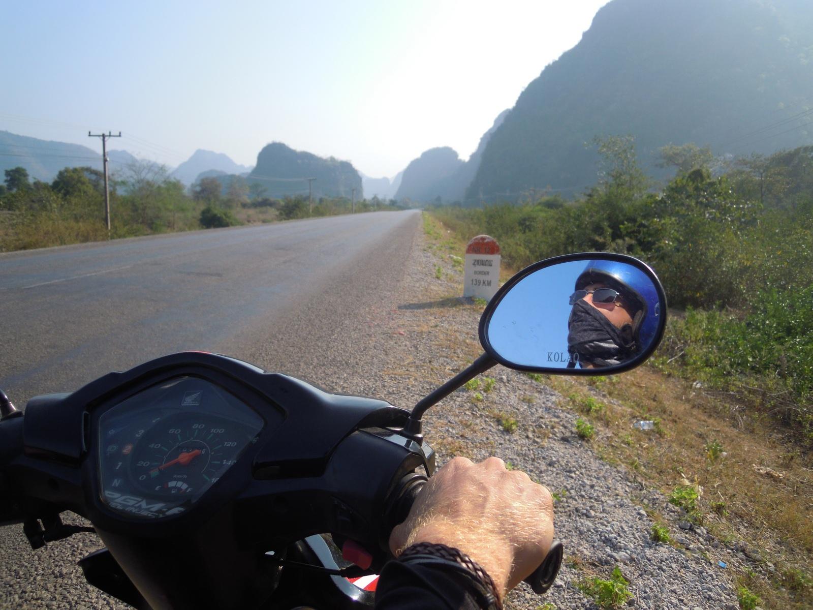 laos-loop-konglor-(5)